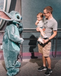 Highlight of the day: meeting Stitch!